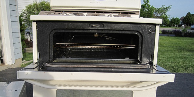 Top oven compartment